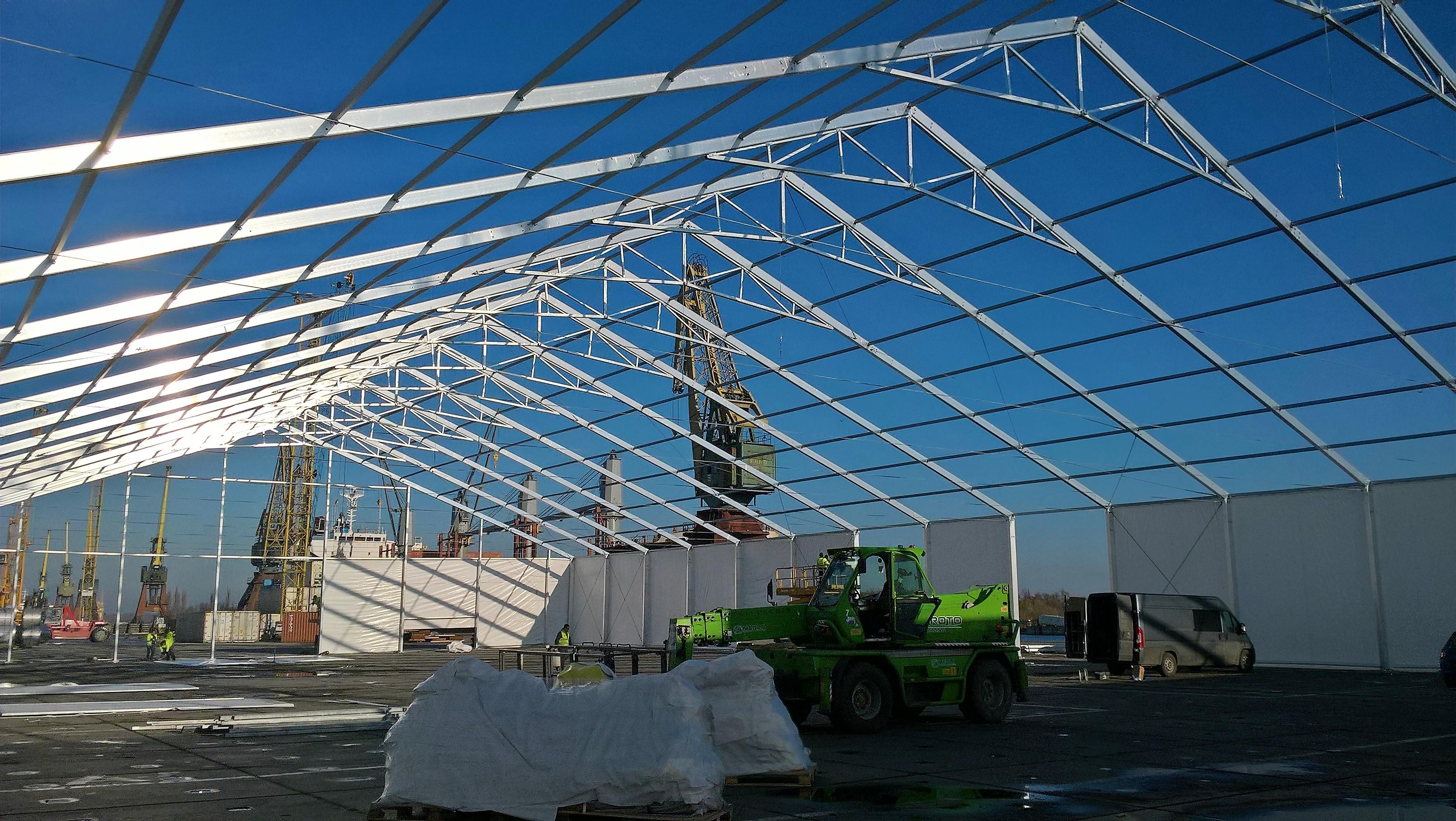 Projekt konstrukcji hali namiotowej